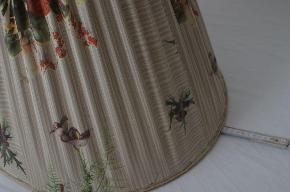grosse lampenschirm f r art deco bis 50er jahre stehlampe rosen faltenwurf ebay. Black Bedroom Furniture Sets. Home Design Ideas